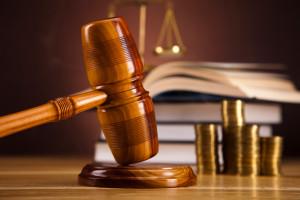 Sie möchten einen Kredit umschulden? Unter Umständen müssen Sie vor Gericht.