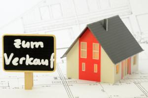 Ein eigenes Haus kaufen? Ohne Finanzierung ist dies für Viele nicht möglich.